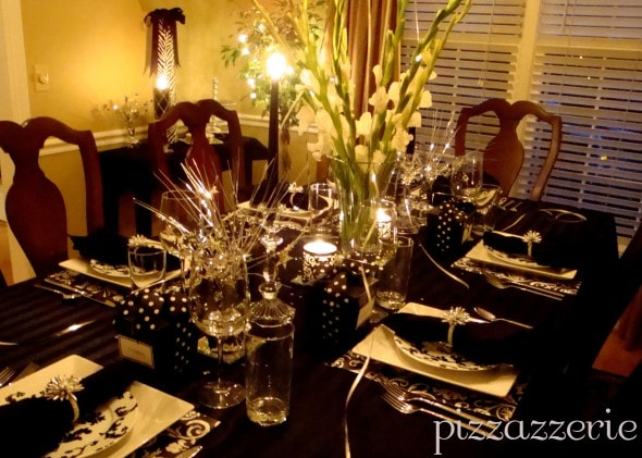 Black and White Table Design