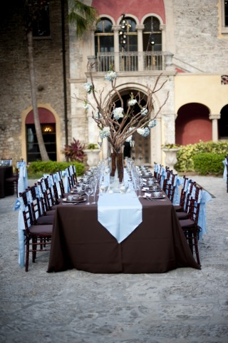 blue brown wedding tablescape