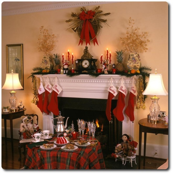 christmas dessert party mantle